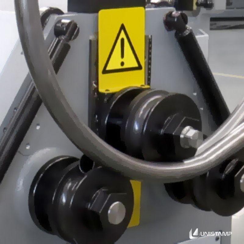 Máquina conformadora de Tubo